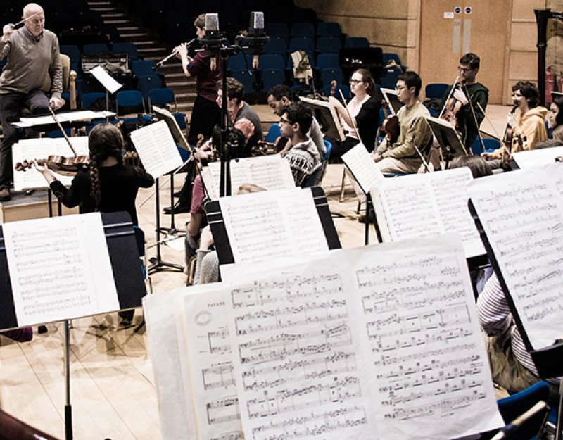 Cambridge University Chamber Orchestra perform music by three impressionists, October 2014