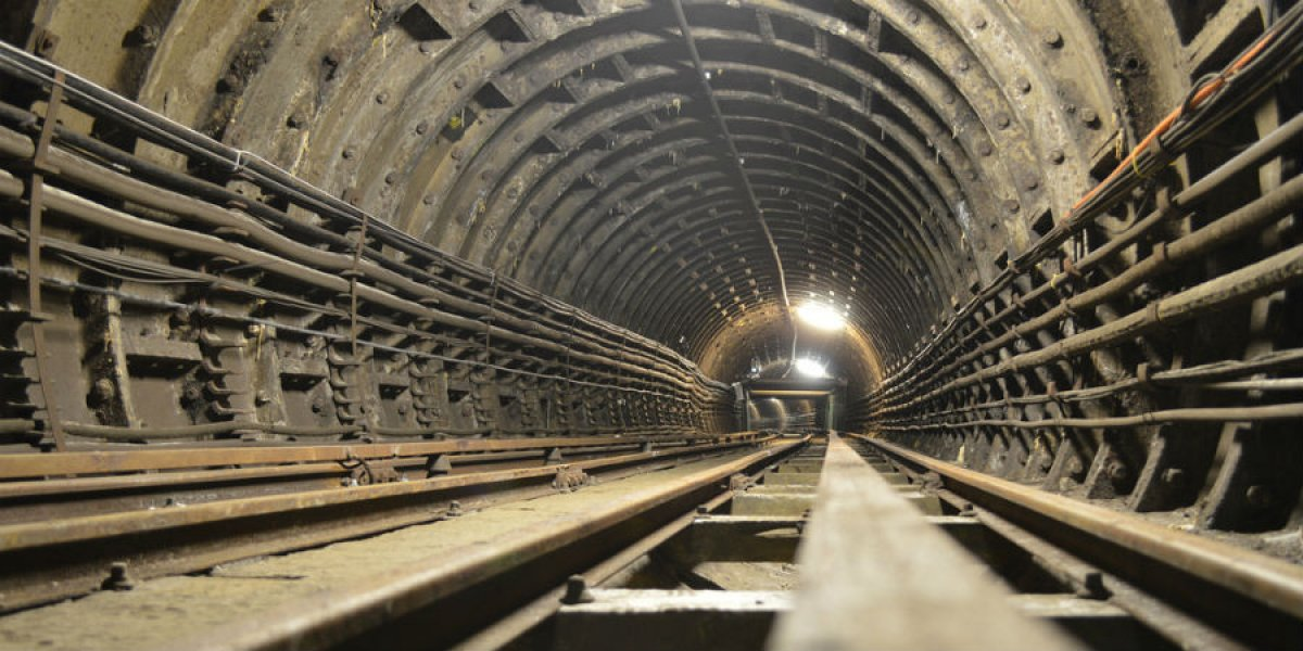 Engineering: old iron tunnel to be made 'smart'